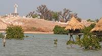 Un cimetière chrétien et musulman au Sénégal
